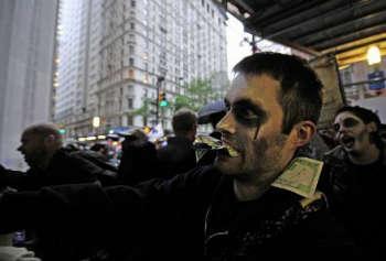 zombie indignados-w350