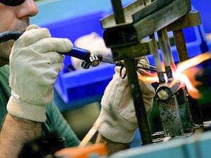 industria manifatturiera operai-w300