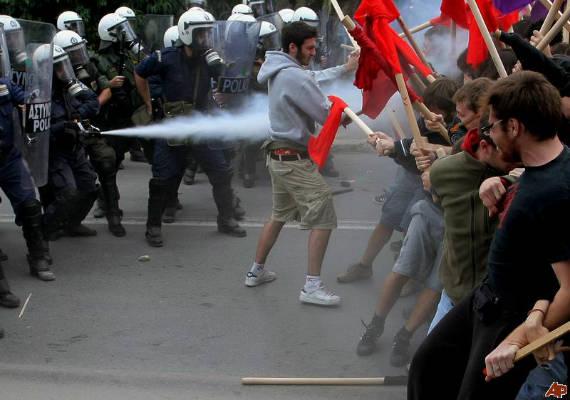 grecia polizia studenti