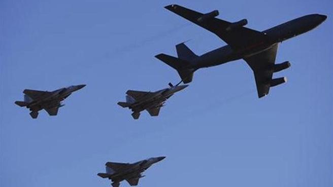 aerei formazione cielo