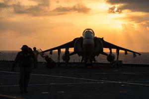 marina italiana tramonto