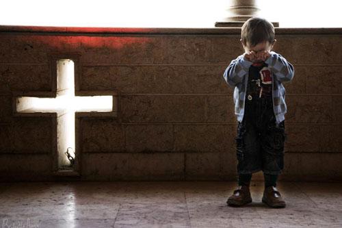 bimbo Siria Piange
