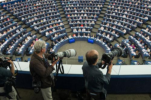 ue parlamento riunione