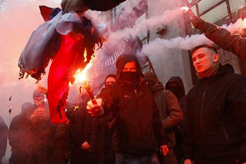 ucraina bandiera russia
