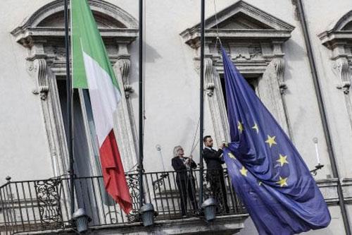 palazzochigi bandiera