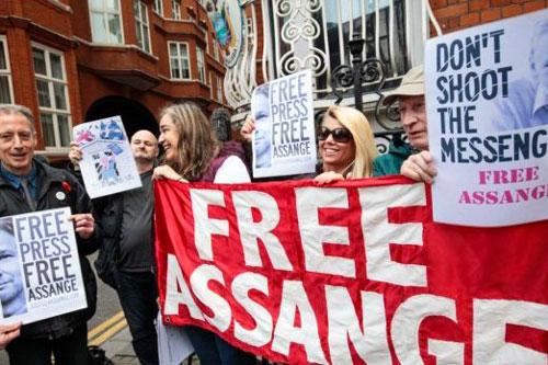 Free Assange Rally