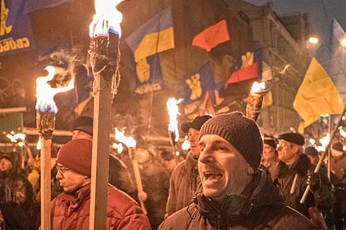 ucraina marcia fascisti