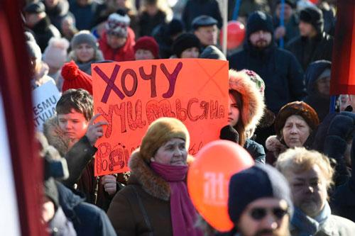 latvia proteste discriminazioneetnica