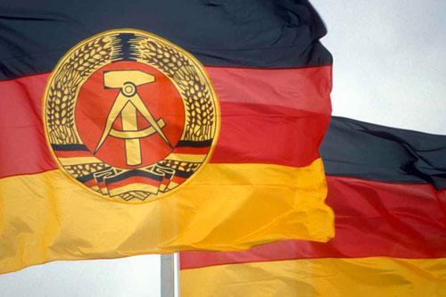 ddr germania bandiere